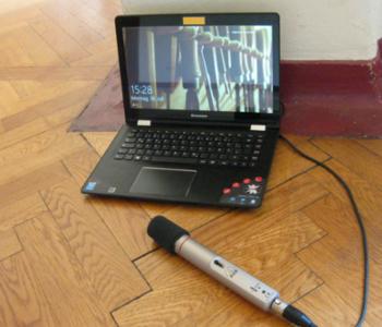 Mikrofon und Computer