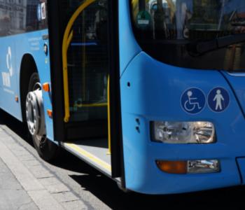 Bus am Bismarckplatz