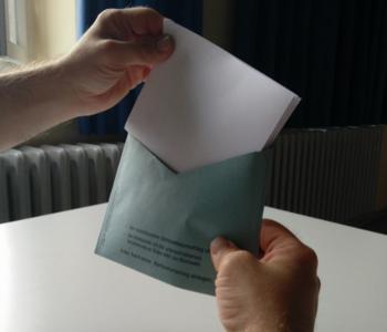 Blauer Brief·umschlag