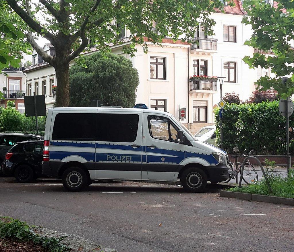 Polizei auf der Neckarwiese