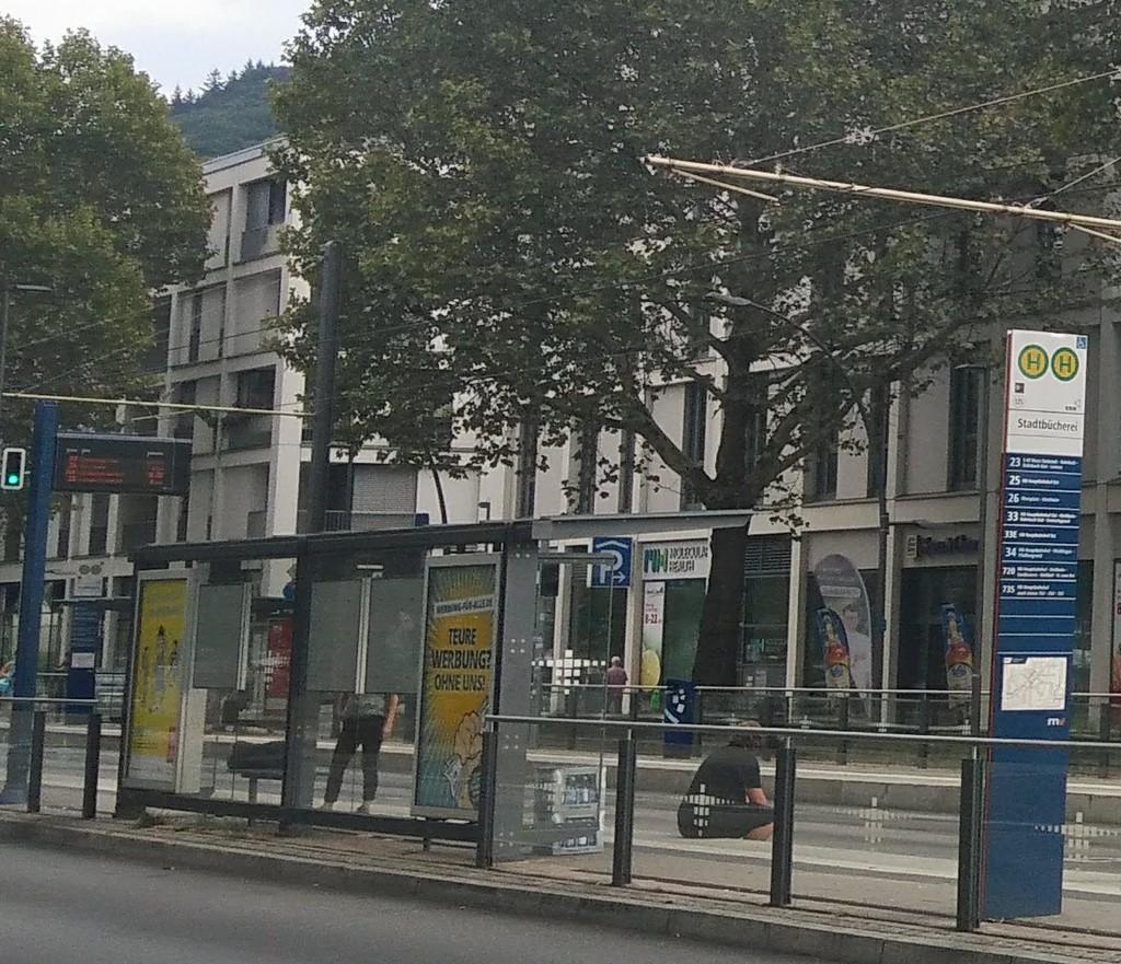 Haltestelle Stadtbücherei