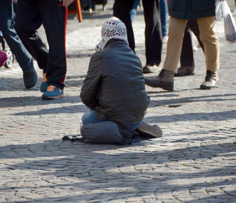 Bettler auf der Straße